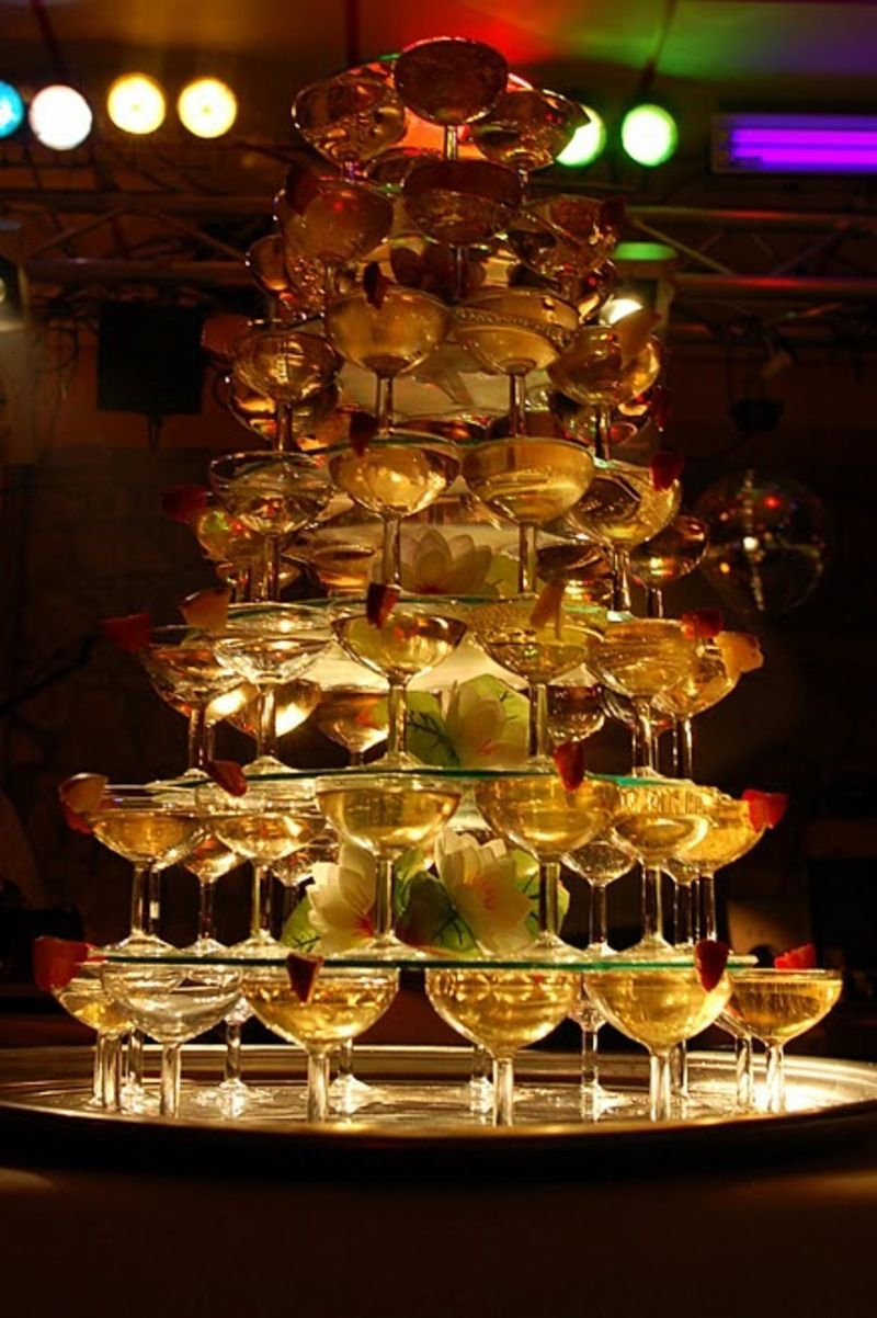 Gif page sp ciale champagne fontaine coupes anim s - Coupe de champagne pas cher ...