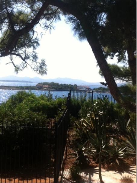 Aujourd 39 hui balade avec reinette maison et jardin thuret for Jardin villa thuret antibes