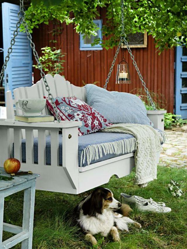 les vacances c 39 est aussi se reposer sur une balancelle. Black Bedroom Furniture Sets. Home Design Ideas